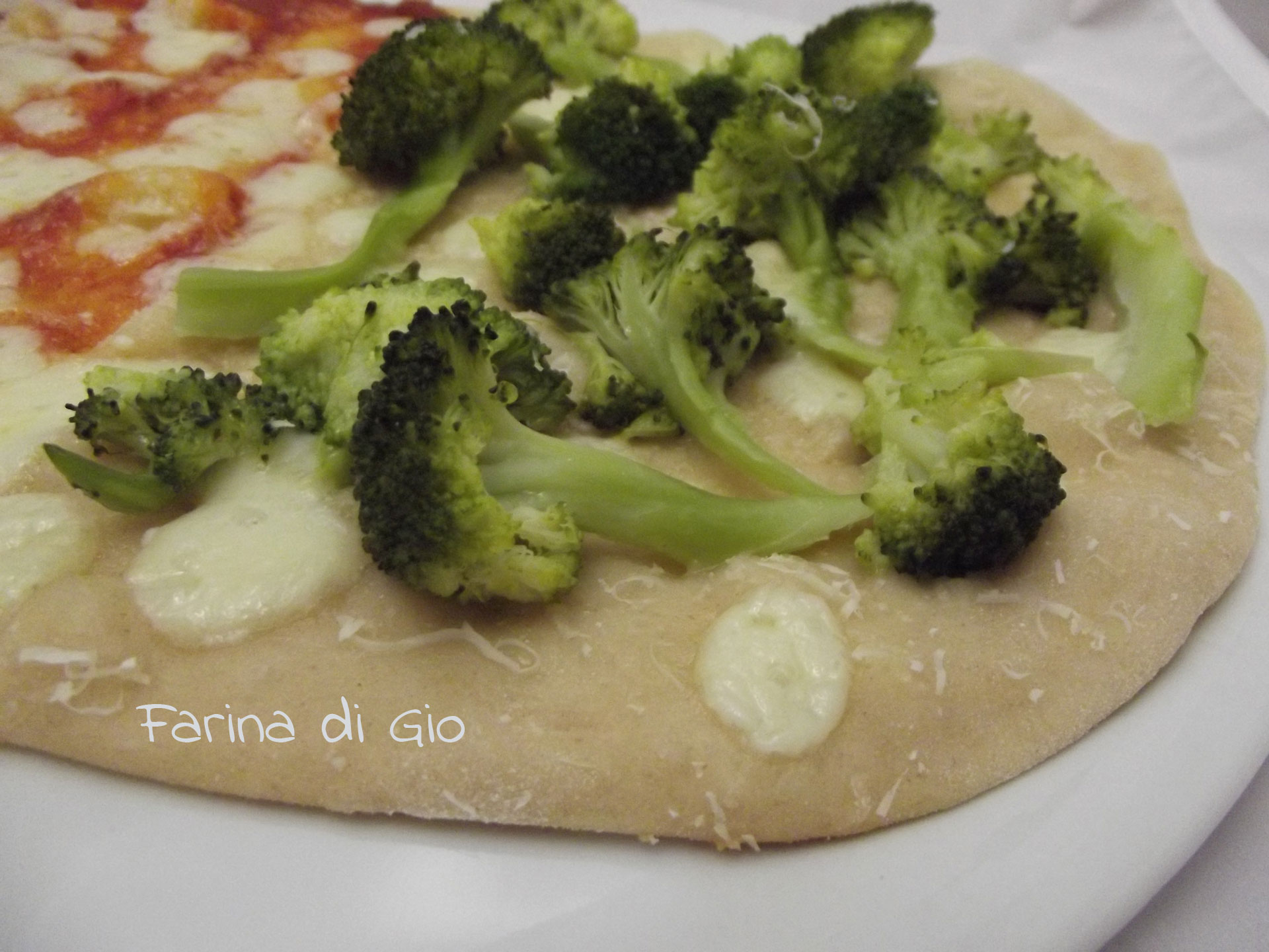 pizza farro Montasio broccolo