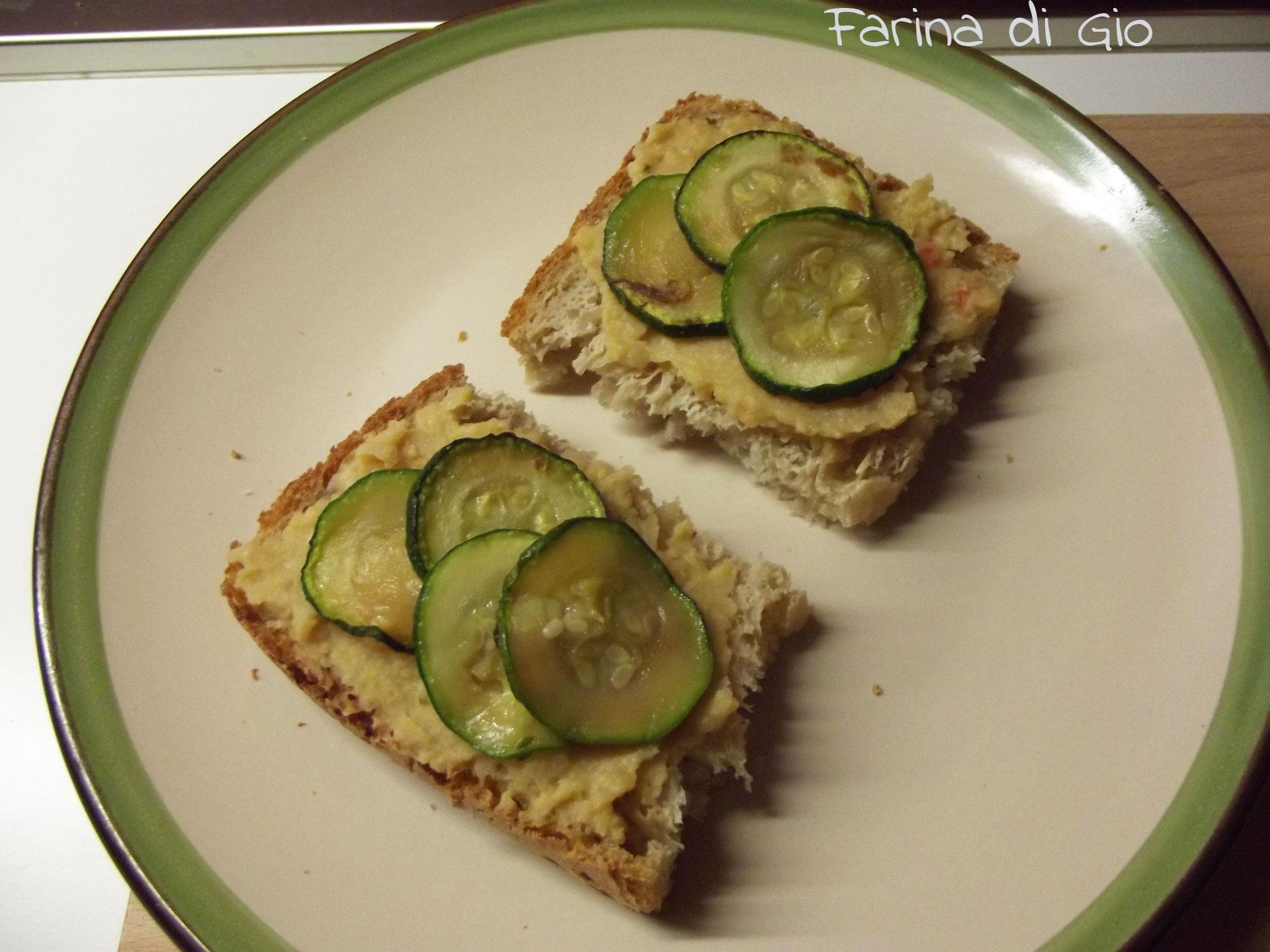 crostini ceci zucchine senza frumento