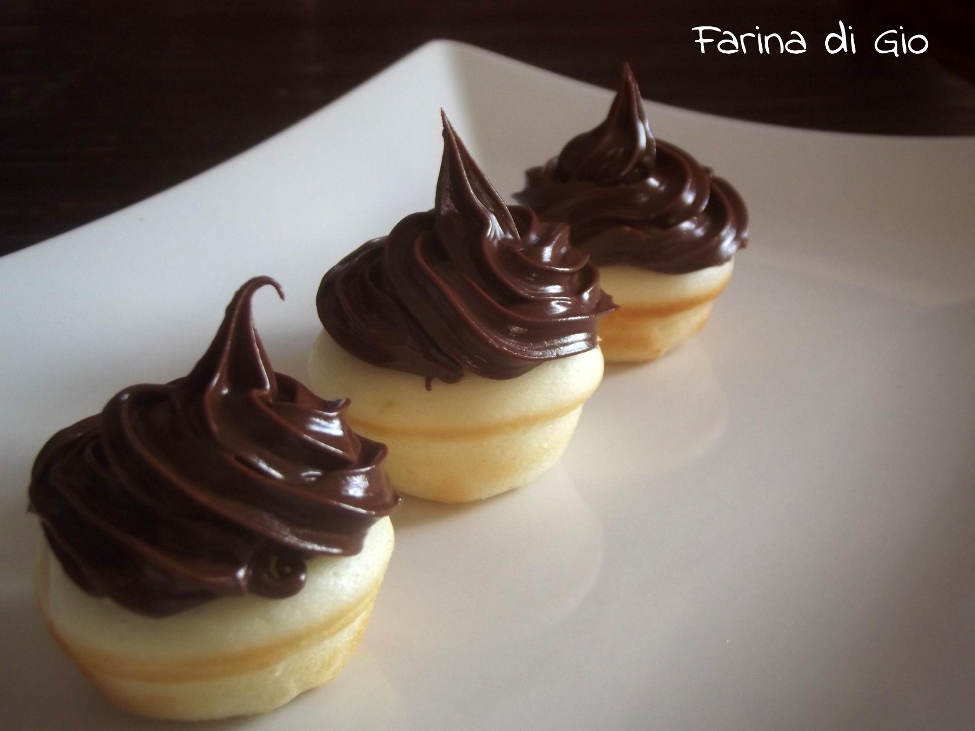 cupcake senza glutine con macchina per cupcakes