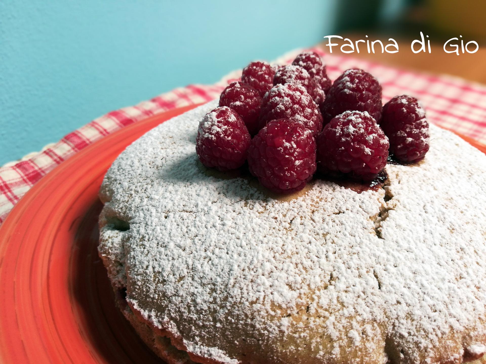 torta senza glutine ai frutti di bosco dettaglio
